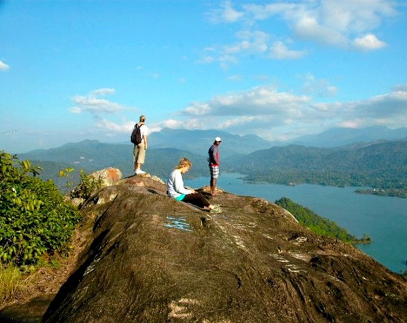 Amazing Pettigala Mountain Digana Sri Lanka